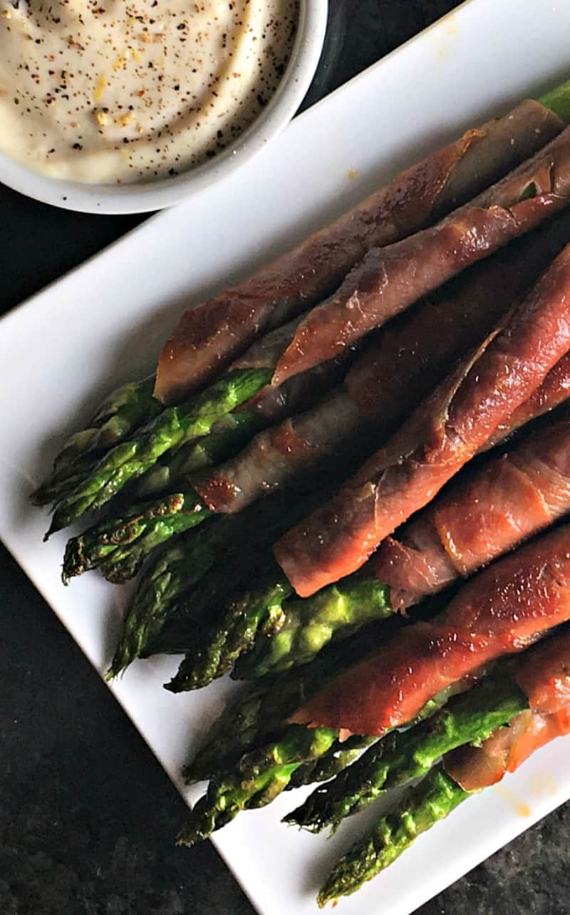 Crispy Prosciutto Wrapped Asparagus ~ prosciutto wrapped around fresh asparagus, quickly sautéed makes a delicious side dish or appetizer.