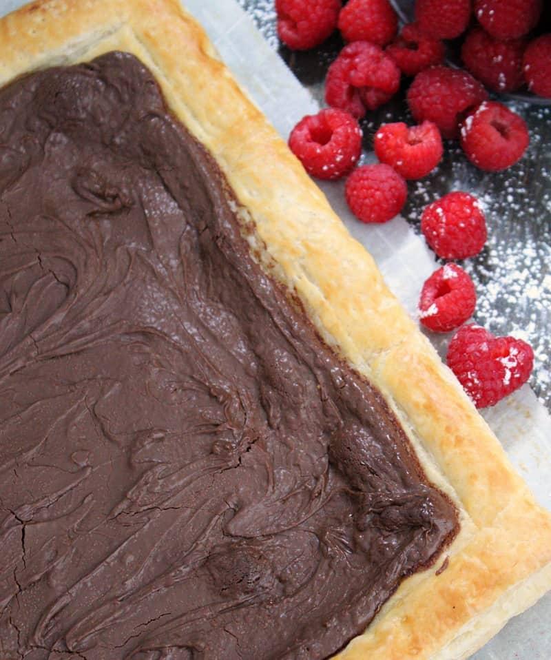 easy chocolate raspberry tart ~ light rustic chocolate raspberry tart ~ overhead view of whole tart without raspberry sauce